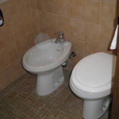 Отель Marselli Римини ванная фото 2