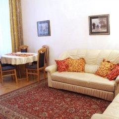 Отель CheckVienna Edelhof Apartments Австрия, Вена - 1 отзыв об отеле, цены и фото номеров - забронировать отель CheckVienna Edelhof Apartments онлайн комната для гостей фото 4