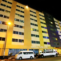 Отель Imperial Suites Hotel ОАЭ, Дубай - отзывы, цены и фото номеров - забронировать отель Imperial Suites Hotel онлайн парковка