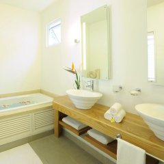 Veranda Grand Baie Hotel & Spa ванная фото 2