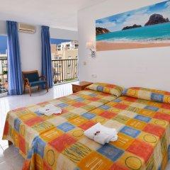 Отель Apartamentos Formentera I - Adults Only Испания, Сан-Антони-де-Портмань - отзывы, цены и фото номеров - забронировать отель Apartamentos Formentera I - Adults Only онлайн комната для гостей фото 5
