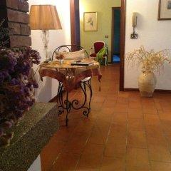 Отель Domus Rosarum Италия, Региональный парк Colli Euganei - отзывы, цены и фото номеров - забронировать отель Domus Rosarum онлайн питание