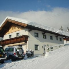 Отель Pension Feichter Австрия, Зёлль - отзывы, цены и фото номеров - забронировать отель Pension Feichter онлайн парковка