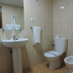 Отель Natali Торремолинос ванная
