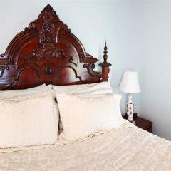 Отель Amethyst Inn at Regents Park Канада, Виктория - 1 отзыв об отеле, цены и фото номеров - забронировать отель Amethyst Inn at Regents Park онлайн сейф в номере