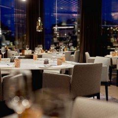 Отель Hilton Tallinn Park фото 3