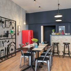 Отель So'Co by HappyCulture Франция, Ницца - 13 отзывов об отеле, цены и фото номеров - забронировать отель So'Co by HappyCulture онлайн гостиничный бар