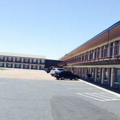 Отель Budget Host Platte Valley Inn парковка