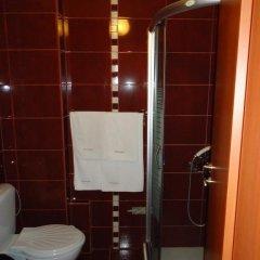 Отель Family Hotel Enica Болгария, Тетевен - отзывы, цены и фото номеров - забронировать отель Family Hotel Enica онлайн ванная