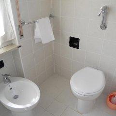 Отель BluRelda Ristorante Италия, Сильви - отзывы, цены и фото номеров - забронировать отель BluRelda Ristorante онлайн ванная