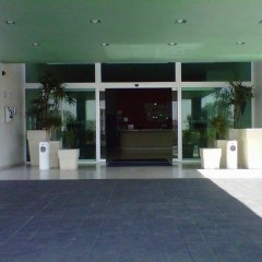 Отель Holiday Inn Express Guadalajara Iteso парковка