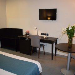 Отель Hôtel & Restaurant Farid удобства в номере