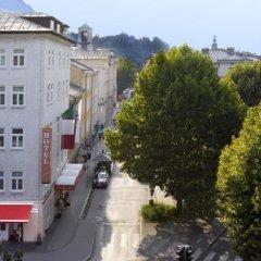 Отель Vier Jahreszeiten Salzburg Австрия, Зальцбург - отзывы, цены и фото номеров - забронировать отель Vier Jahreszeiten Salzburg онлайн балкон