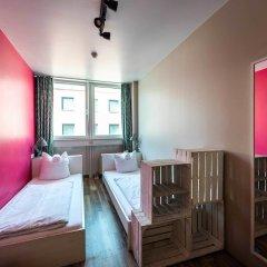 Отель wombat's CITY HOSTEL - Munich Германия, Мюнхен - 1 отзыв об отеле, цены и фото номеров - забронировать отель wombat's CITY HOSTEL - Munich онлайн комната для гостей фото 2