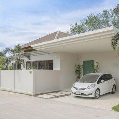 Отель Villa777 Private Pool Villa Phuket парковка
