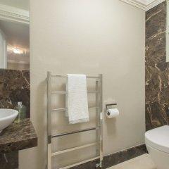Апартаменты The Luxe Whitehall Duplex Apartment ванная фото 2