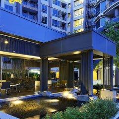 Отель Nanglincee by The Village Club Бангкок бассейн