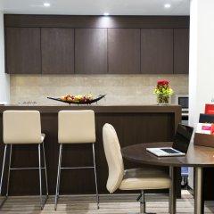 Отель Crowne Plaza Abu Dhabi Yas Island в номере