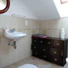 Отель Green Apartment Чехия, Франтишкови-Лазне - отзывы, цены и фото номеров - забронировать отель Green Apartment онлайн ванная фото 2