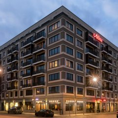 Adina Apartment Hotel Berlin Mitte Берлин вид на фасад