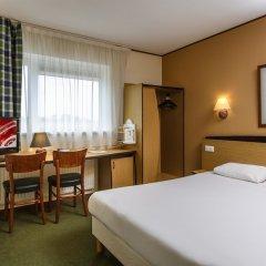 Campanile Hotel Amersfoort комната для гостей