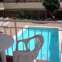 Апартаменты El Velero Apartments бассейн