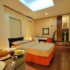 Отель Casa Bocobo Hotel Филиппины, Манила - отзывы, цены и фото номеров - забронировать отель Casa Bocobo Hotel онлайн сейф в номере