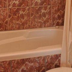 Отель Auberge Montmorency Канада, Сен-Петронилль - отзывы, цены и фото номеров - забронировать отель Auberge Montmorency онлайн ванная фото 3