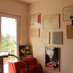 Отель Sun Rose Apartments Черногория, Свети-Стефан - отзывы, цены и фото номеров - забронировать отель Sun Rose Apartments онлайн питание