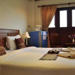 Отель Baan Chayna Resort Пхукет комната для гостей фото 8
