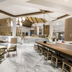 Отель Phuket Marriott Resort & Spa, Merlin Beach гостиничный бар