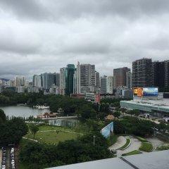 Отель Novotel Shenzhen Watergate Китай, Шэньчжэнь - отзывы, цены и фото номеров - забронировать отель Novotel Shenzhen Watergate онлайн балкон