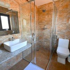 Отель Excelsior Непал, Катманду - отзывы, цены и фото номеров - забронировать отель Excelsior онлайн ванная