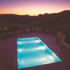 Отель Crowne Plaza Resort Petra Иордания, Вади-Муса - отзывы, цены и фото номеров - забронировать отель Crowne Plaza Resort Petra онлайн бассейн фото 3