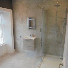 Отель York Place Oasis 3 Bed Великобритания, Эдинбург - отзывы, цены и фото номеров - забронировать отель York Place Oasis 3 Bed онлайн ванная