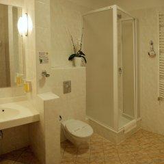 Hotel Babylon Либерец ванная