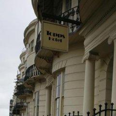 Отель Topps - Brighton парковка