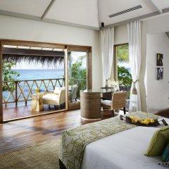 Отель Taj Coral Reef Resort & Spa Maldives Мальдивы, Северный атолл Мале - отзывы, цены и фото номеров - забронировать отель Taj Coral Reef Resort & Spa Maldives онлайн комната для гостей фото 5