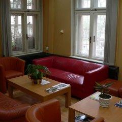 Отель Sofia Guesthouse Болгария, София - отзывы, цены и фото номеров - забронировать отель Sofia Guesthouse онлайн интерьер отеля