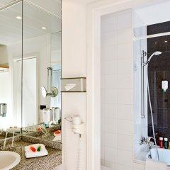 Отель NH München Unterhaching Германия, Унтерхахинг - 1 отзыв об отеле, цены и фото номеров - забронировать отель NH München Unterhaching онлайн ванная фото 2