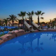 Отель Marriott's Marbella Beach Resort бассейн