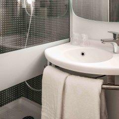Отель ibis Cannes Plage La Bocca Франция, Канны - отзывы, цены и фото номеров - забронировать отель ibis Cannes Plage La Bocca онлайн ванная