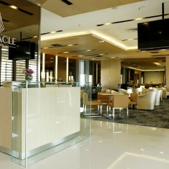 Louis' Tavern Hotel Don Muang питание