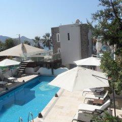 Taskule Hotel бассейн