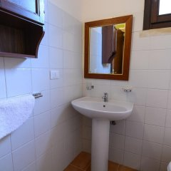Отель Tenuta Santicuti Верноле ванная