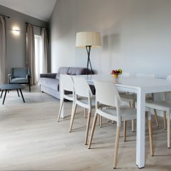 Апартаменты MH Apartments Central Madrid комната для гостей фото 2