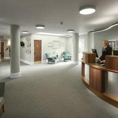Chancellors Hotel And Conference Манчестер интерьер отеля фото 3