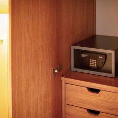 Отель Apartamentos Turisticos Atlantida сейф в номере