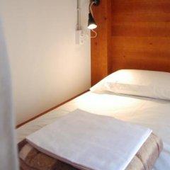 Отель Ten To Go Hostel Испания, Барселона - отзывы, цены и фото номеров - забронировать отель Ten To Go Hostel онлайн комната для гостей фото 3