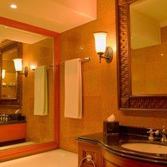 Отель Hyatt Regency Kathmandu Непал, Катманду - отзывы, цены и фото номеров - забронировать отель Hyatt Regency Kathmandu онлайн ванная фото 2